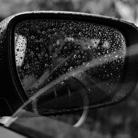 Waxing-Car-Windows